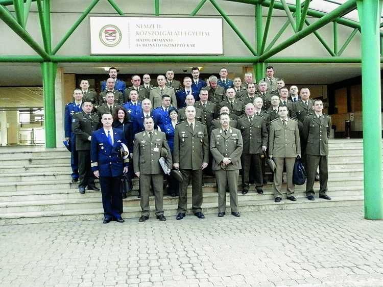 online upoznavanje vojnih časnika druženje samcima u Bocvani