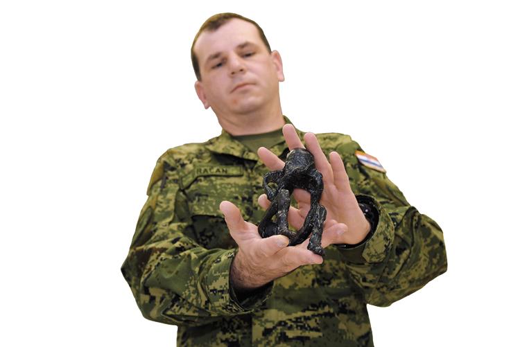 izlazi u vojsci